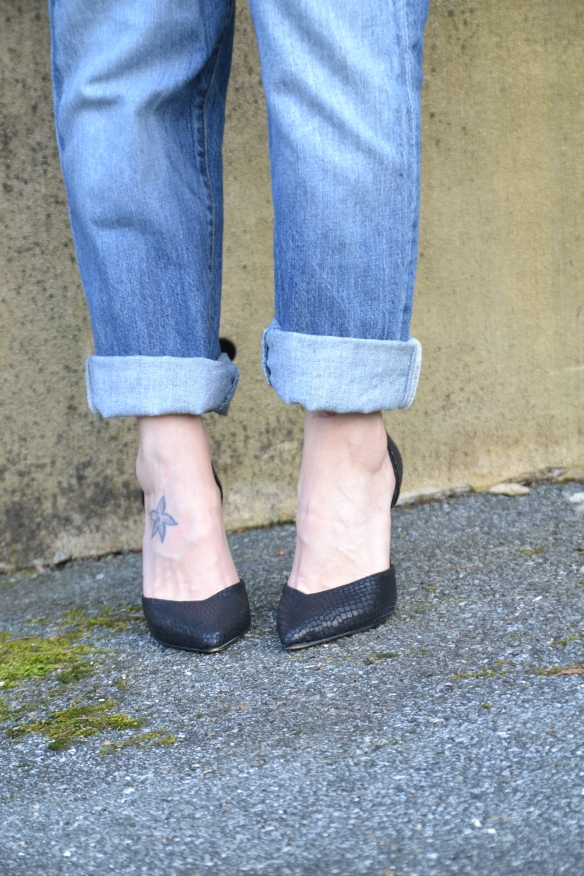How to roll up your boyfriend jeans